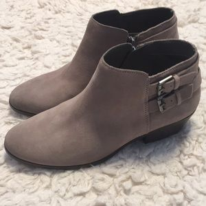 New Sam Edelman suede booties size 7
